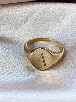 Brooklyn Initial Signet Ring