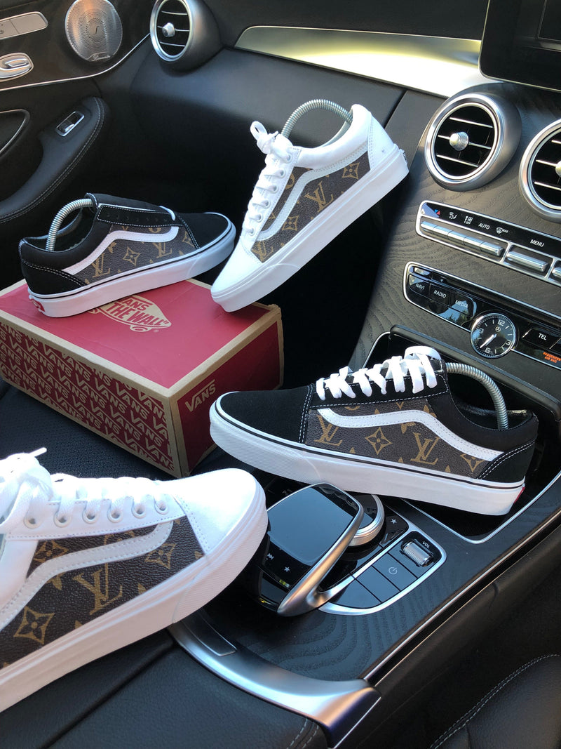 Old Skool Vans • White | Brown • Monogram