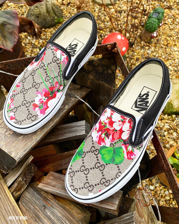 Slip on Vans • Black | Floral • GG