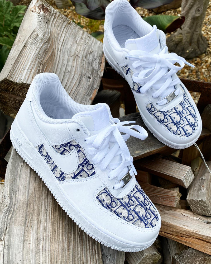 Nike Air Force 1 - White | Navy • CD