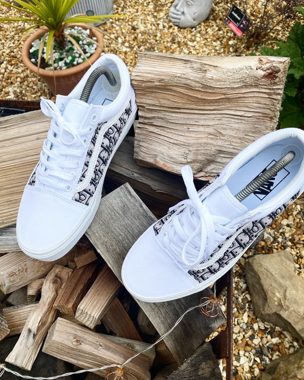 Old Skool Vans • White | Black • CD