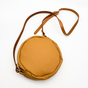 Load image into Gallery viewer, Round Tan Purse