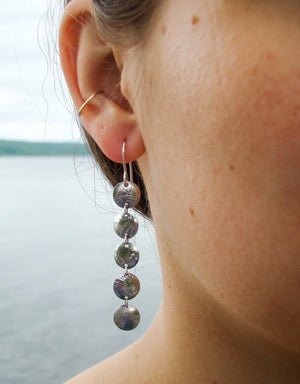 Load image into Gallery viewer, Earrings 5 Disks Dangling