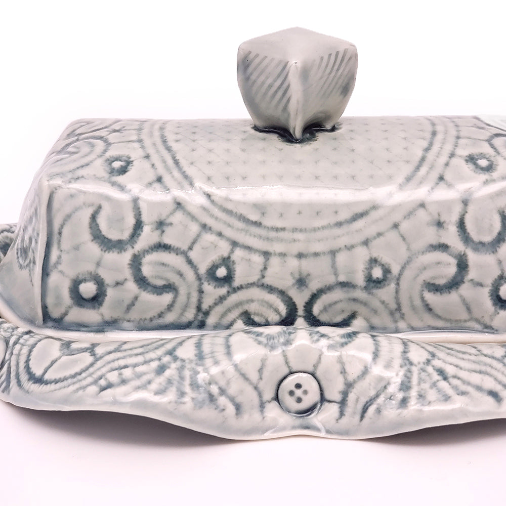Load image into Gallery viewer, Blue Lace Butter Dish