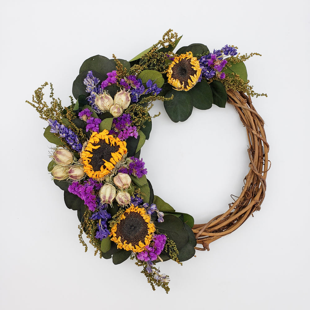Small Twig Wreath With Sunflowers