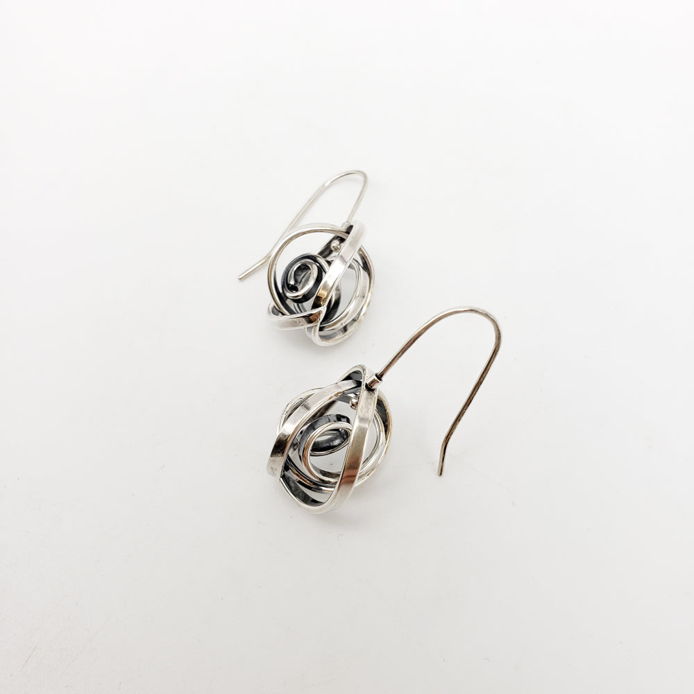 Earrings Kinetic Swirl