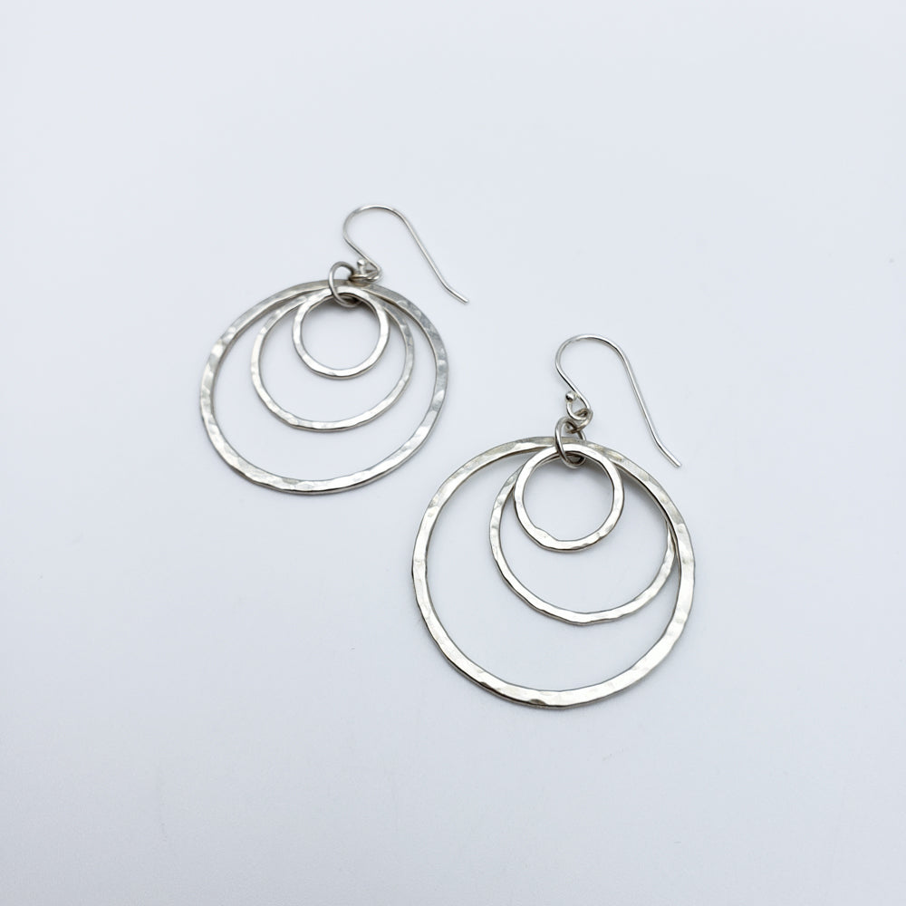 3 Dangling Hoops Earrings