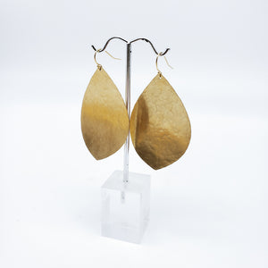 Load image into Gallery viewer, Large Brass Leaf Earrings