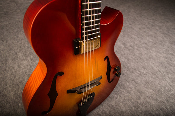 Lollar Pickup in a Archtop Jazz Guitar