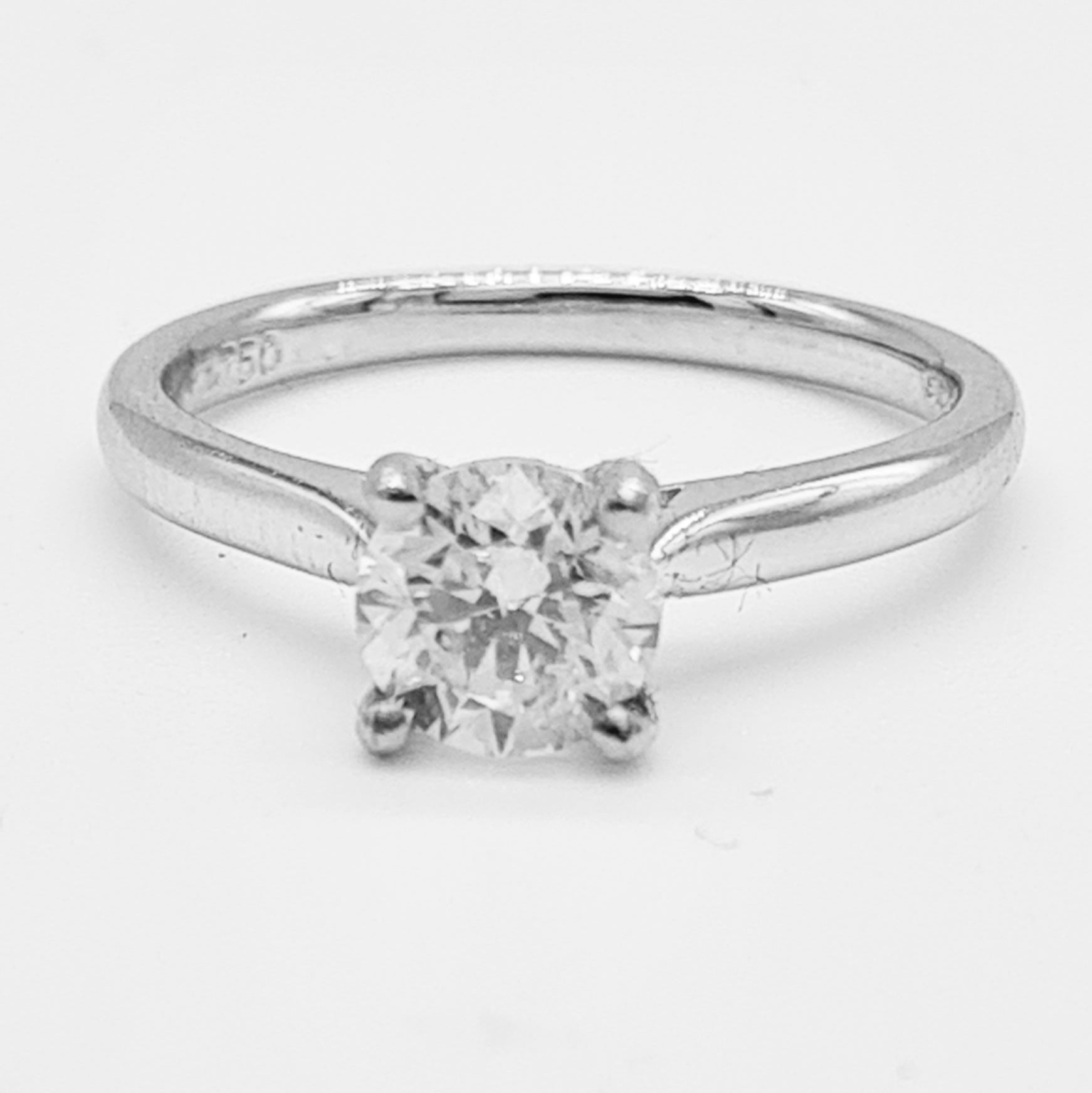 18ct White Gold Diamond Solitaire Ring (0.95ct)