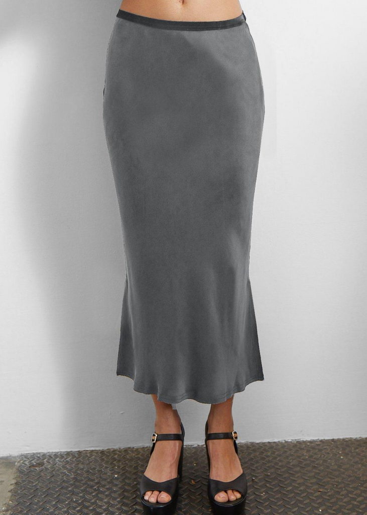 Carriage House Midi Pull On Skirt in Smoke Go Silk Go Long For it Skirt