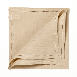 "Sand-colord linen pocket square ""Jour Venise"""