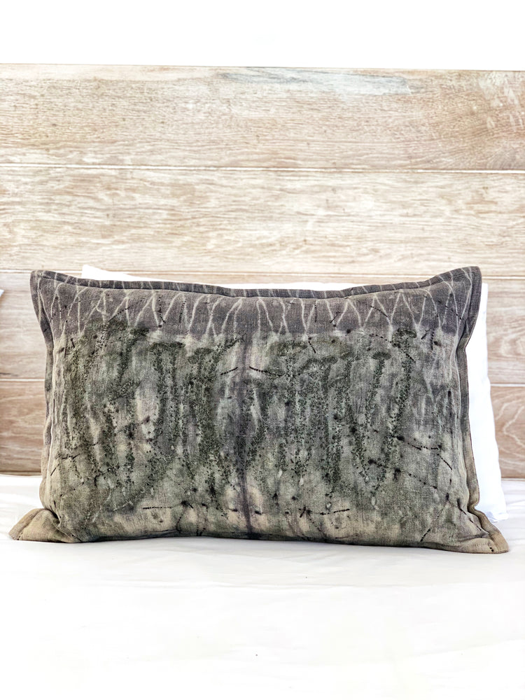 Load image into Gallery viewer, Flax linen scatter cushion - Print 1/1Jun20