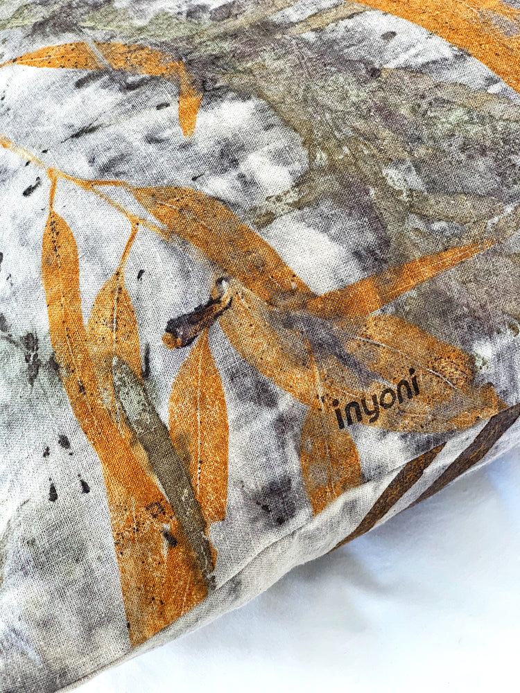 Load image into Gallery viewer, Hemp linen scatter cushion - Print 6/12Mar20
