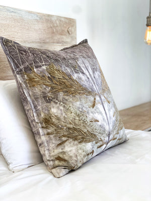 Load image into Gallery viewer, Hemp linen scatter cushion - Print 2/20Jan20