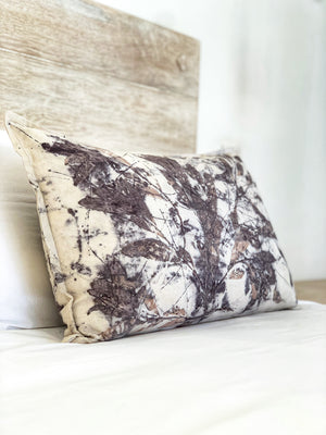 Load image into Gallery viewer, Hemp linen scatter cushion - Print 2/18Jan20