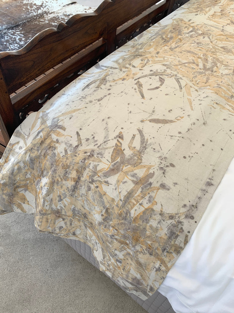 Load image into Gallery viewer, Hemp linen bed throw - Print 4/20Oct20