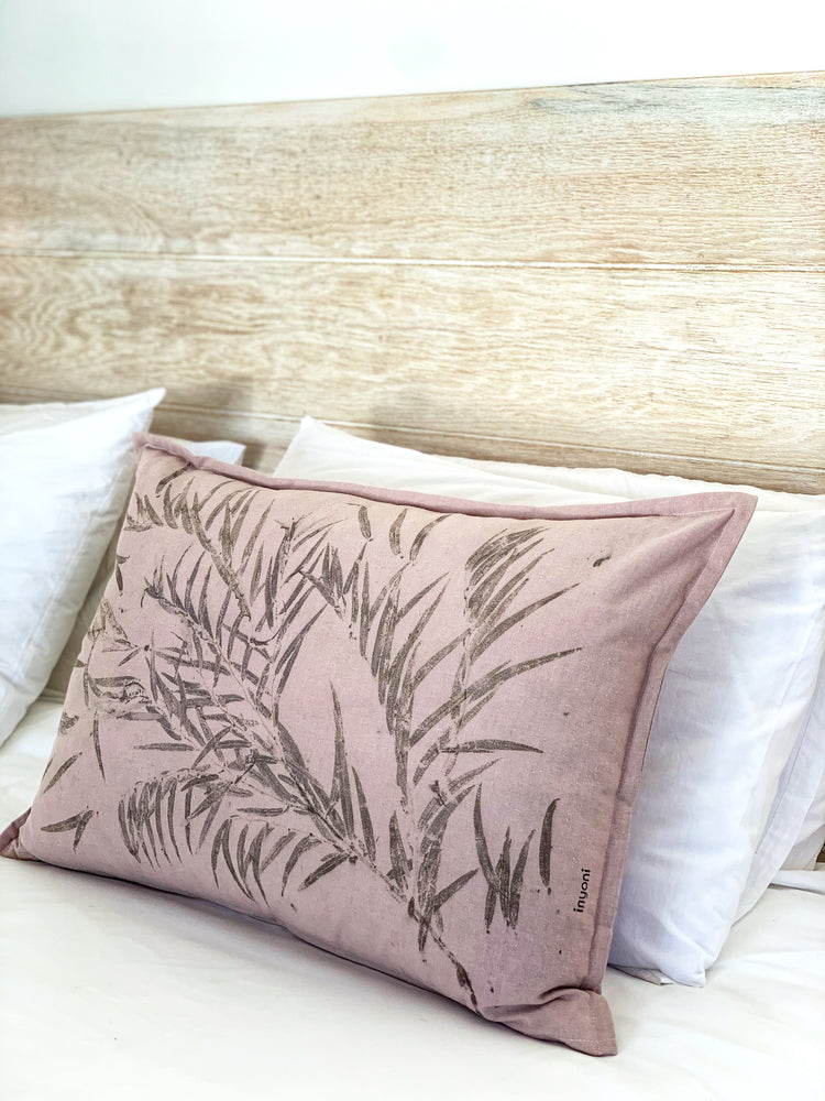 Load image into Gallery viewer, Hemp linen scatter cushion - Print 1/12May20