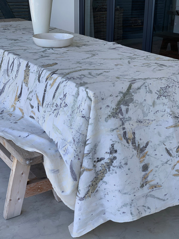 Load image into Gallery viewer, Flax linen table cloth - Print 2/17Nov20