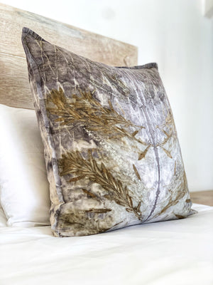Load image into Gallery viewer, Hemp linen scatter cushion - Print 1/20Jan20