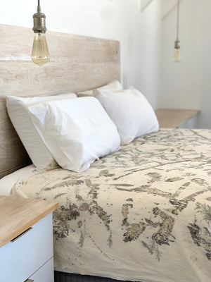 Load image into Gallery viewer, Hemp linen bed throw - Print 2/7Jan21