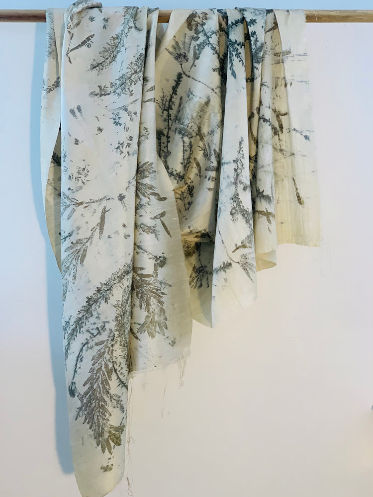 Load image into Gallery viewer, Dupioni silk wrap - Print 1/17Oct20