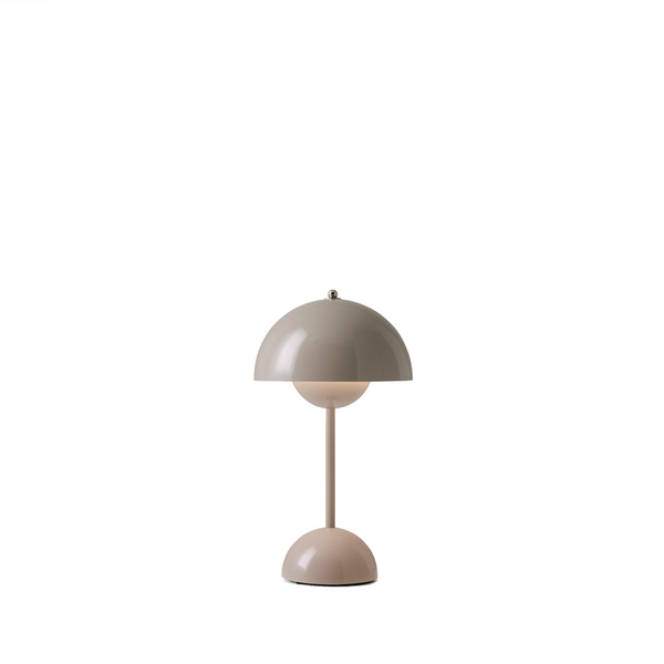 Andtradition - Flowerpot VP9 - Transportabel Bordlampe - Beige grå - Ø16 cm