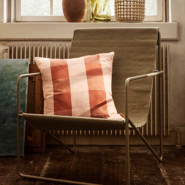 ferm LIVING - Grand Cushion - Pude - Rosa & Rust