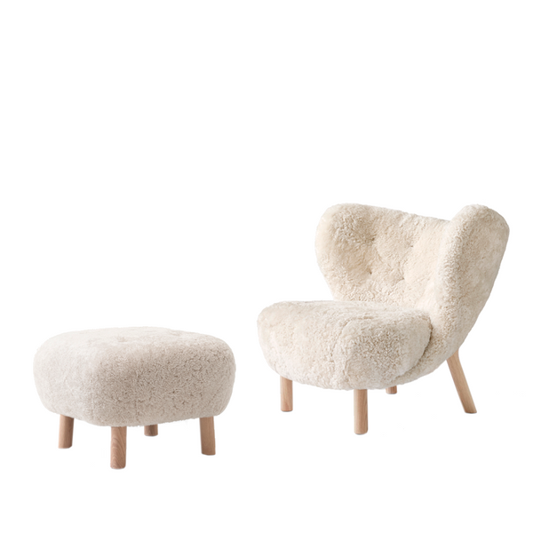 Andtradition - Lille Petra - Lænestol m. Pouf - Sheepskin Moonlight