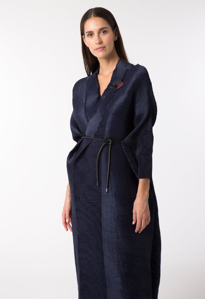 Electric Pleated Long Outerwear - Fresqa