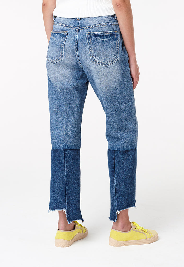 Cut-Out Hem Jeans - Fresqa