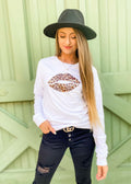 ANIMAL PRINT KISS GRAPHIC TEE