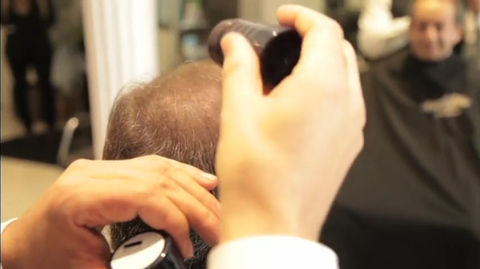 Proper way of  using hair thickening and building fiber solution from KeraFiber