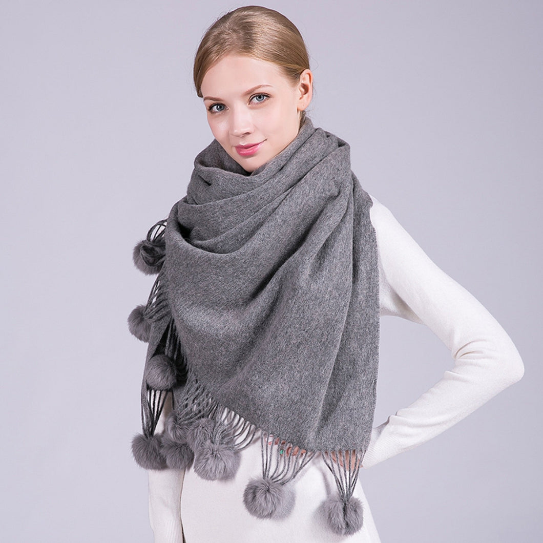 Pom Pom Scarf in Soft & Cosy Wool with Tassels in Grey