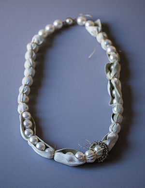 Pearl Pod necklace