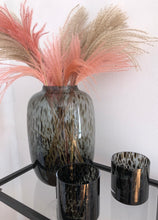 Afbeelding in Gallery-weergave laden, BLACK CHEETAH VASE