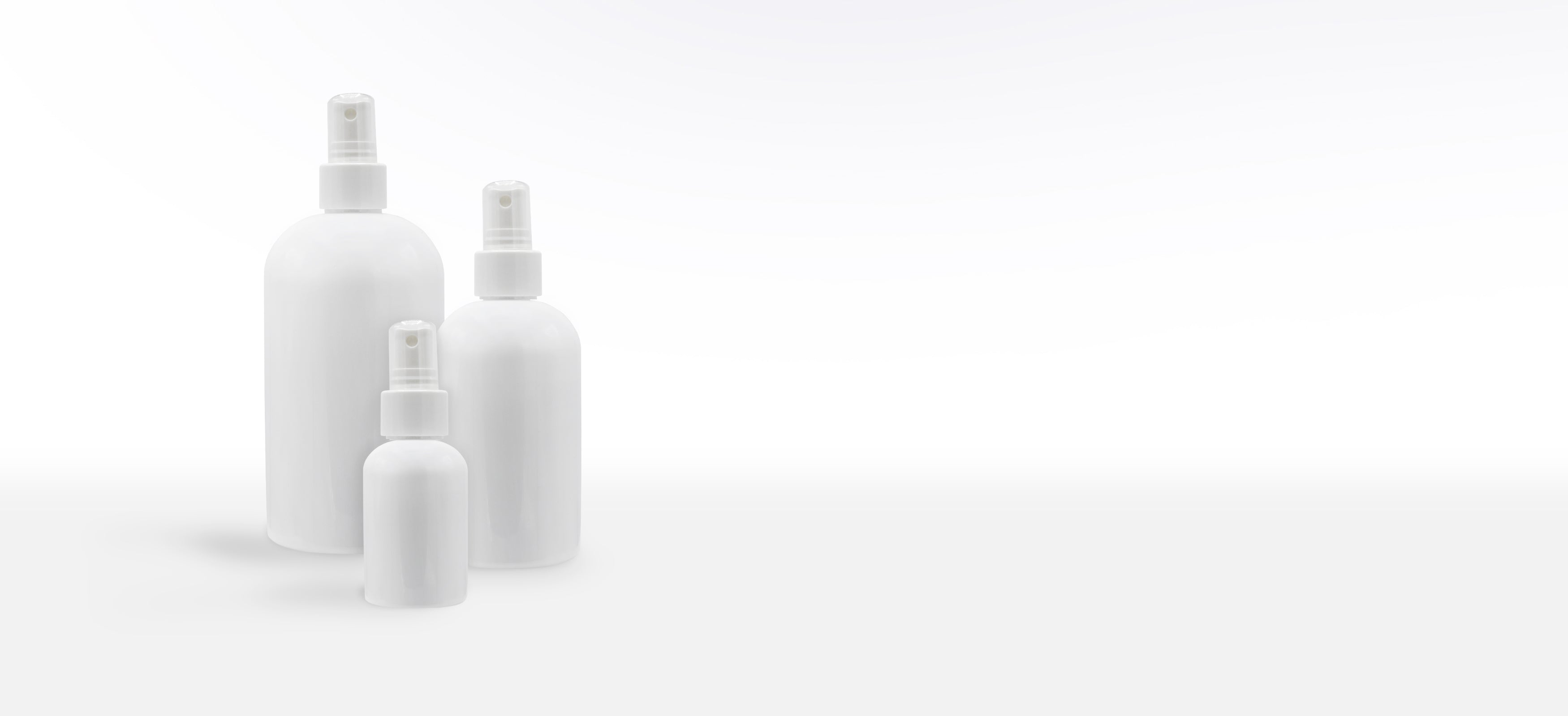 GLOSS WHITE SPRAY BOTTLE