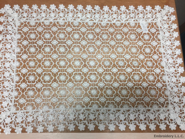 133 White Flower Lace Pattern