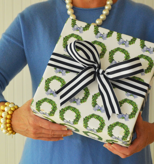 Boxwood Wreath Gift Wrap