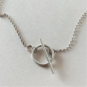 single toggle silver necklace and chain