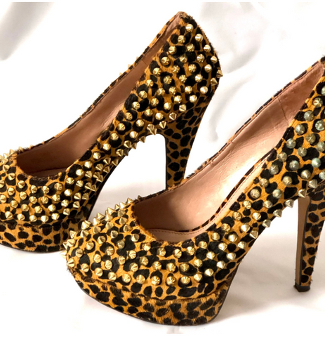 Size 4 Vince Camuto Leopard Print Studded Shoes
