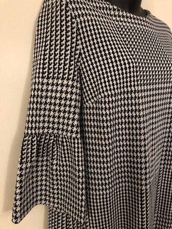 Size 16 Principles Black & White 3/4 Sleeve Dress