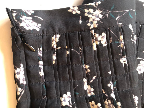 Size 18 Monsoon Black Flowered floaty Knee Length Skirt  New & Tagged Rrp £79.99