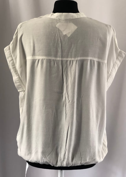 Size 12 Chillitime Cream Soft Lightweight Top NEW