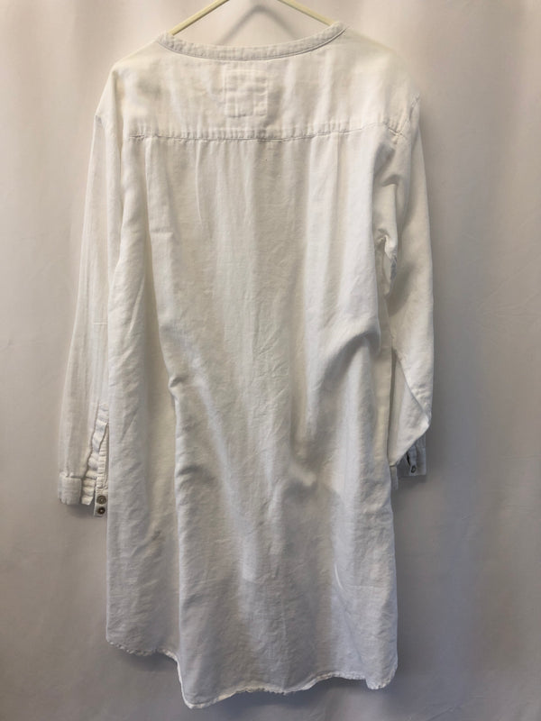 Size 12 Mistral Soft White Smock Top