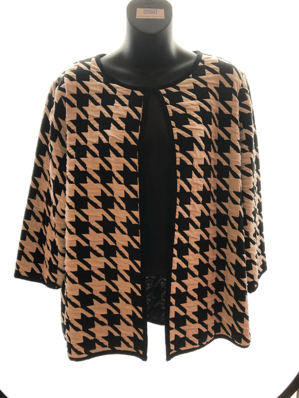 Size 16 Black and White Patterned Soft Jacket Cardigan New & Tagged