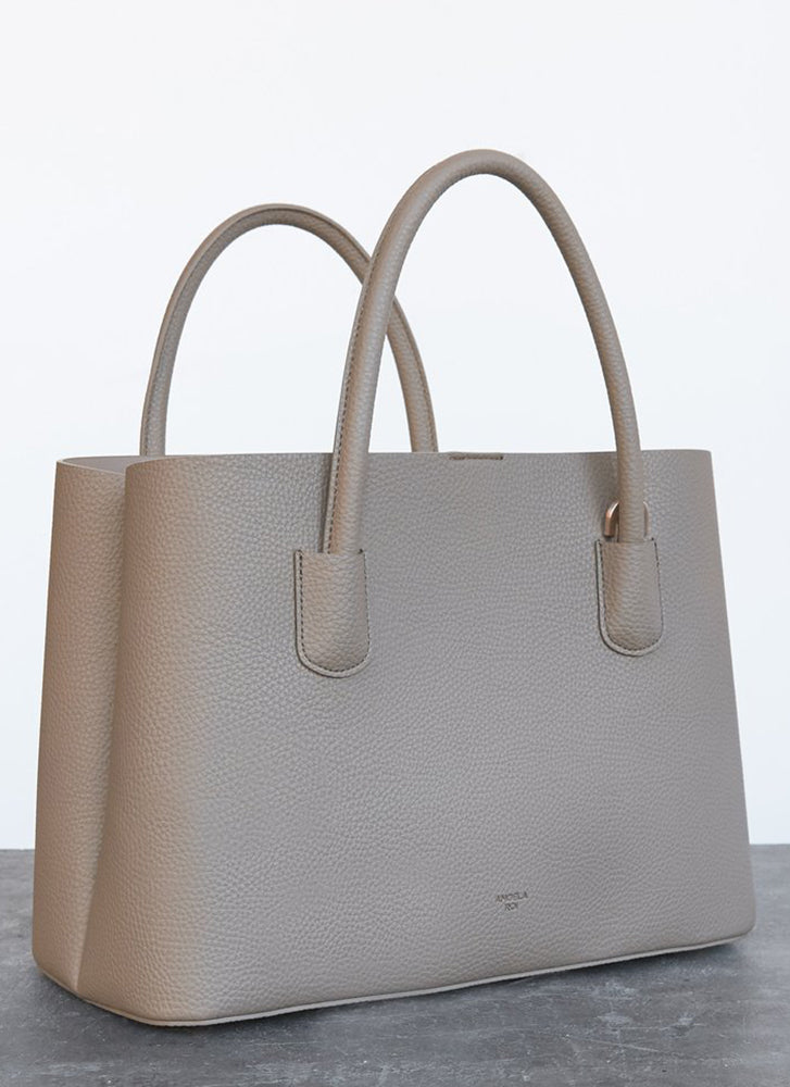Angela Roi Cher Tote Signet Light Mud Gray