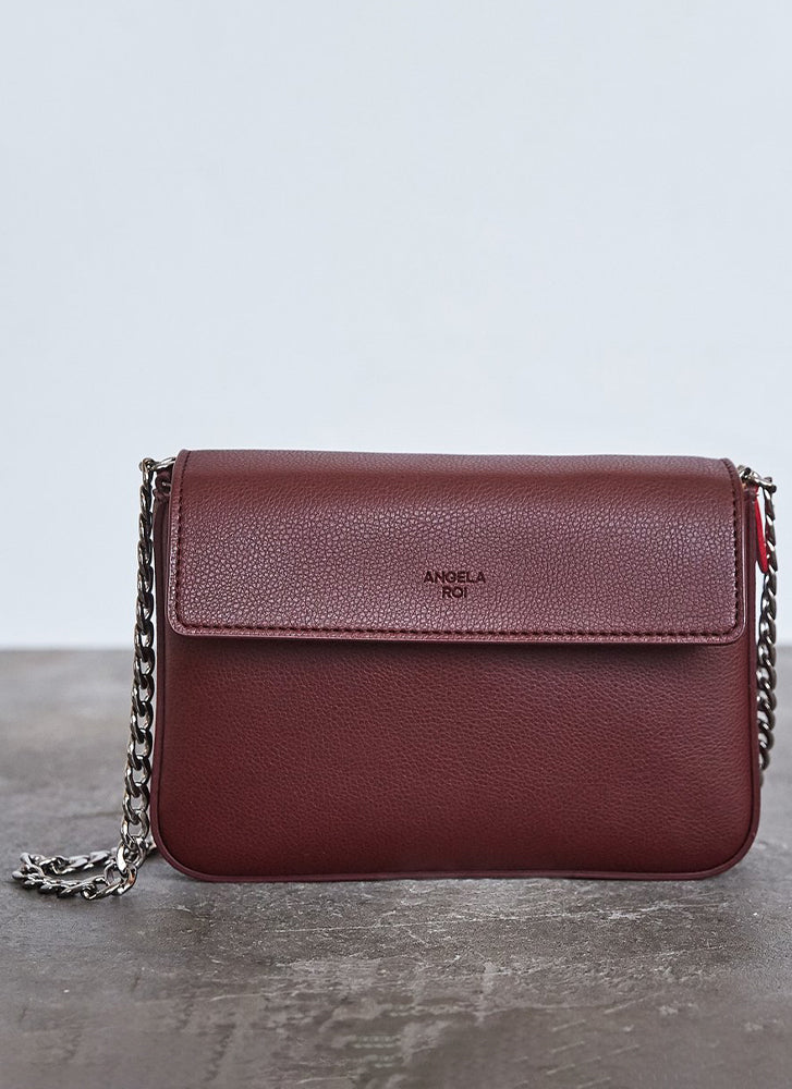 Angela Roi Hamilton Mini Chain Crossbody Signet Bordeaux