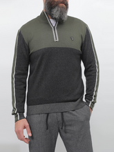 Load image into Gallery viewer, Gianno Ricci Contrast Side Sweater With Half Zipper