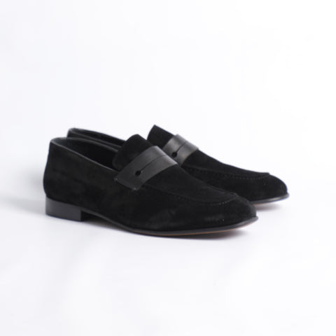 Gianno Ricci Penny Suede Loafer In Black